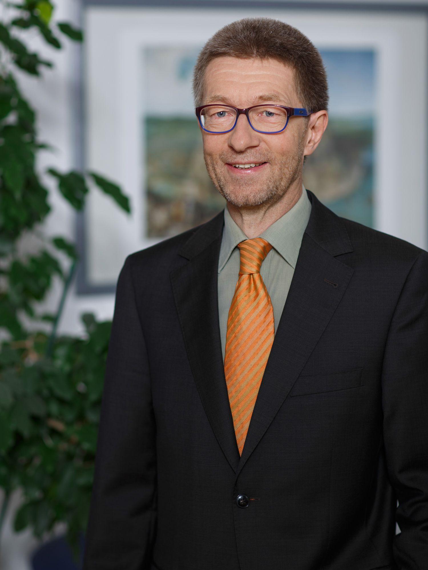 Porträt von Dr. André Alvarado-Dupuy
